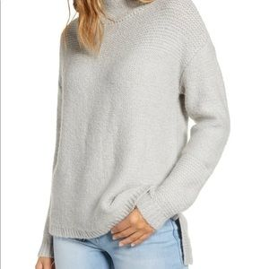 CASLON Mock Neck High Low Sweater in Grey-S